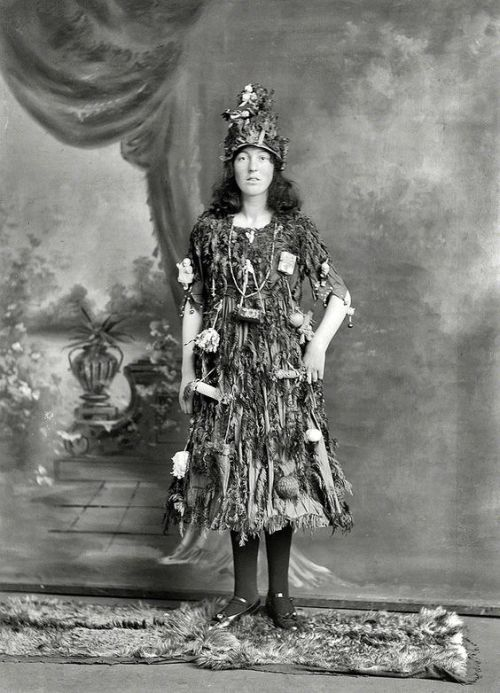 Edwardian girl dressed as a Christmas tree